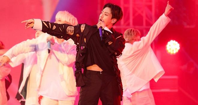BTS, Jungkook, BTS 2021, BTS tin tức, BTS butter, BTS Jungkook, Jungkook hình xăm, Jungkook áo xuyên thấu, Jungkook ảnh đẹp, Jungkook video, Jeon Jungkook, jungkook body