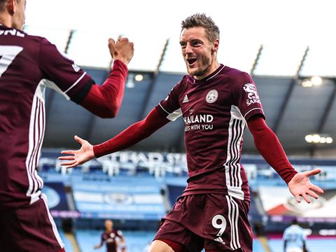 """KẾT QUẢ BÓNG ĐÁ Man City 2-5 Leicester: Vardy lập hat-trick, """"Bầy cáo"""" thăng hoa tại Etihad"""