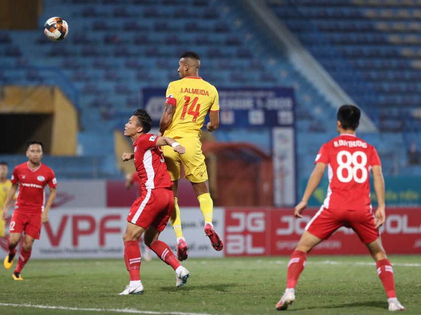 Kết quả bóng đá Hà Tĩnh 0-1 Viettel: Trọng Đại tạo sức nóng cho cuộc đua vô địch