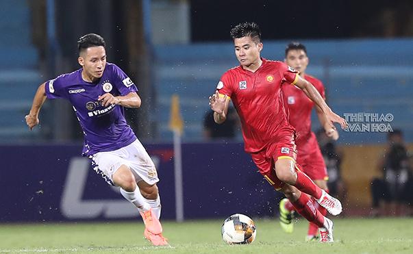 Tiền vệ Thanh Hoá làm lu mờ tuyến giữa toàn sao của Hà Nội FC