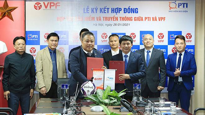 Gần 900 cầu thủ và trọng tài Việt tiếp tục được trang bị bảo hiểm
