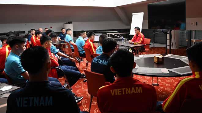 Tuyển futsal Việt Nam được động viên tinh thần trước trận gặp Panama