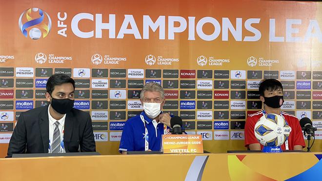 HLV Jurgen Gede: 'Viettel FC sẵn sàng tái đấu Pathum United'