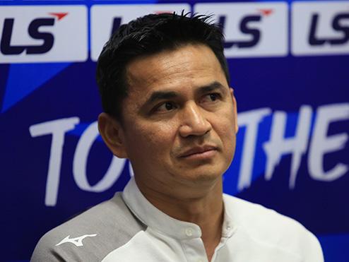 HLV Kiatisuk: 'Trận đấu với Hà Nội là cơ hội để tôi thể hiện triết lý bóng đá'