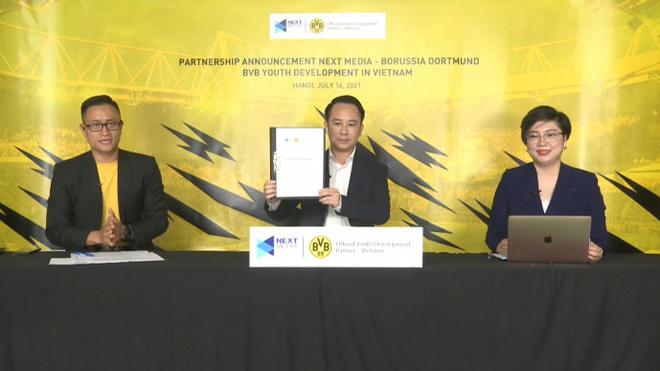 Borussia Dortmund mở học viện bóng đá ở Việt Nam