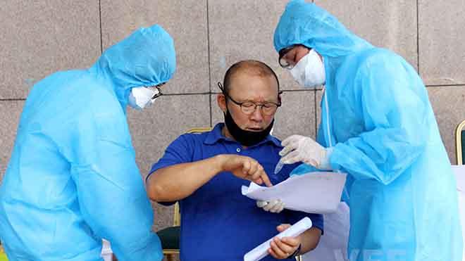 Bay cùng 2 ca dương tính, tuyển Việt Nam xét nghiệm âm tính đợt đầu tiên