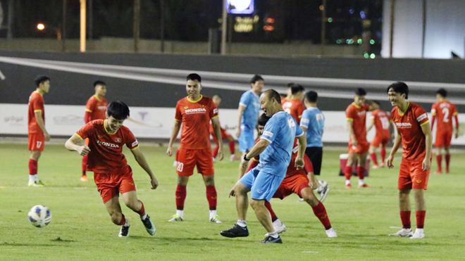 HLV Lê Quốc Vượng: 'Tuyển Việt Nam cần và sẽ vô địch AFF Cup 2020'