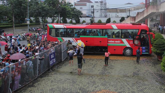 U23 Việt Nam gây sốt ở Bình Dương bất chấp mưa to