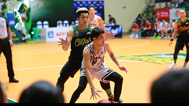 VBA Playoff 2019: Hạ Cantho Catfish, Thang Long Warriors giành lợi thế