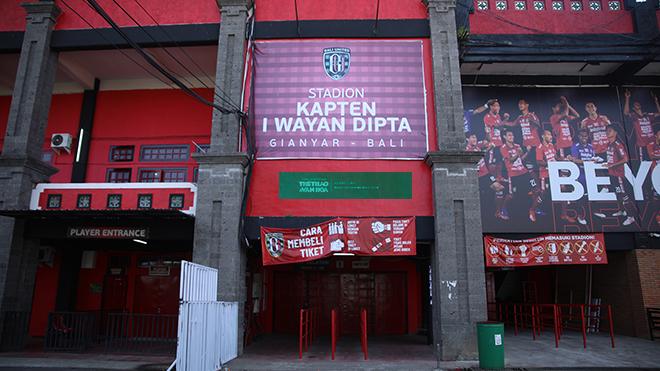 Việt Nam đấu Indonesia: Sân Kapten I Wayan Dipta (Bali) gấp rút tu sửa
