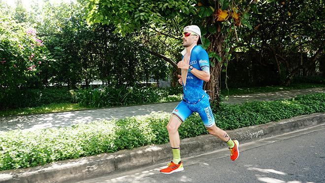 Patrick Lange vô địch IRONMAN 70.3 Vietnam 2019