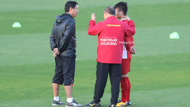 Quang Hải từ chối tiết lộ chuyện đời tư, sẵn sàng ra nước ngoài thi đấu.