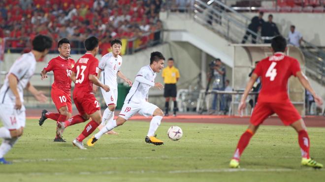 HLV Park Hang Seo nhắc nhở học trò sau trận thắng Lào nhàn nhã