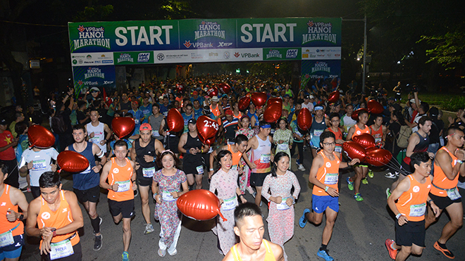 Hơn 7.000 VĐV tranh tài tại VPBank Hanoi Marathon 2019