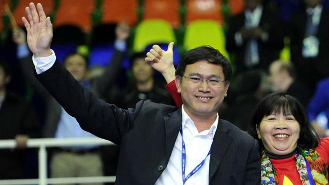 Chủ tịch VPF đề nghị xử nặng cầu thủ XSKT Cần Thơ đá phản lưới nhà