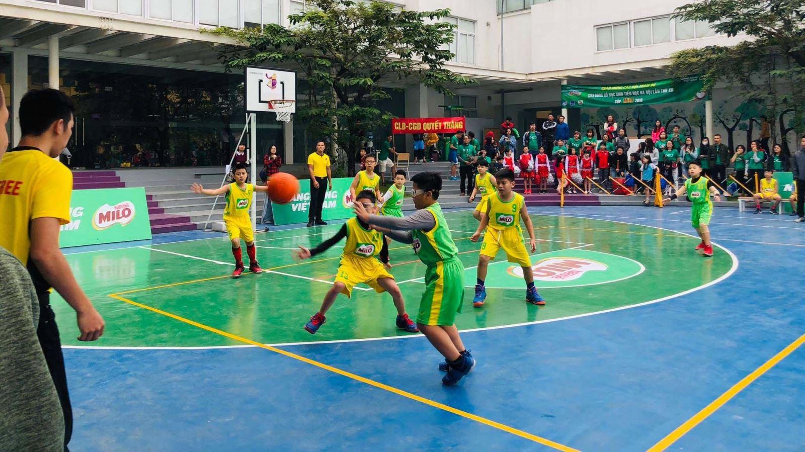 Kết thúc giải bóng rổ học sinh Tiểu học Hà Nội 2018