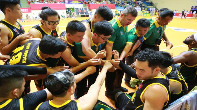 VBA 2017 Playoff 1: Qua mặt Saigon Heat, Cantho Catfish vào chung kết