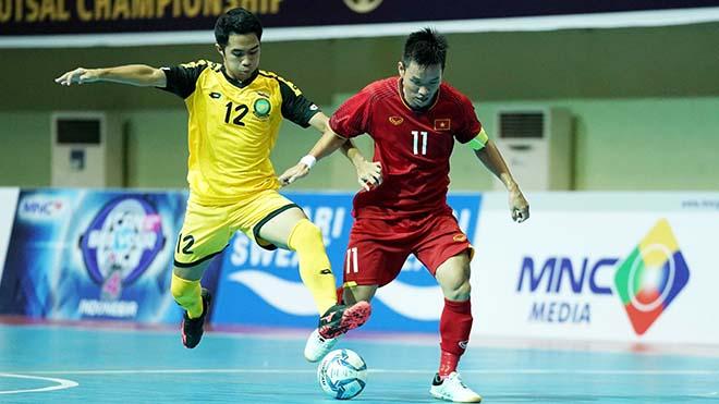 Tuyển futsal Việt Nam đại thắng trong ngày ra quân