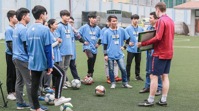 Man City huấn luyện kỹ năng cho các làng trẻ SOS Việt Nam