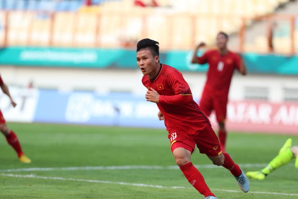 VIDEO: Quang Hải 'xâu kim' thủ môn U23 Pakistan sau pha phối hợp như mơ với Công Phượng