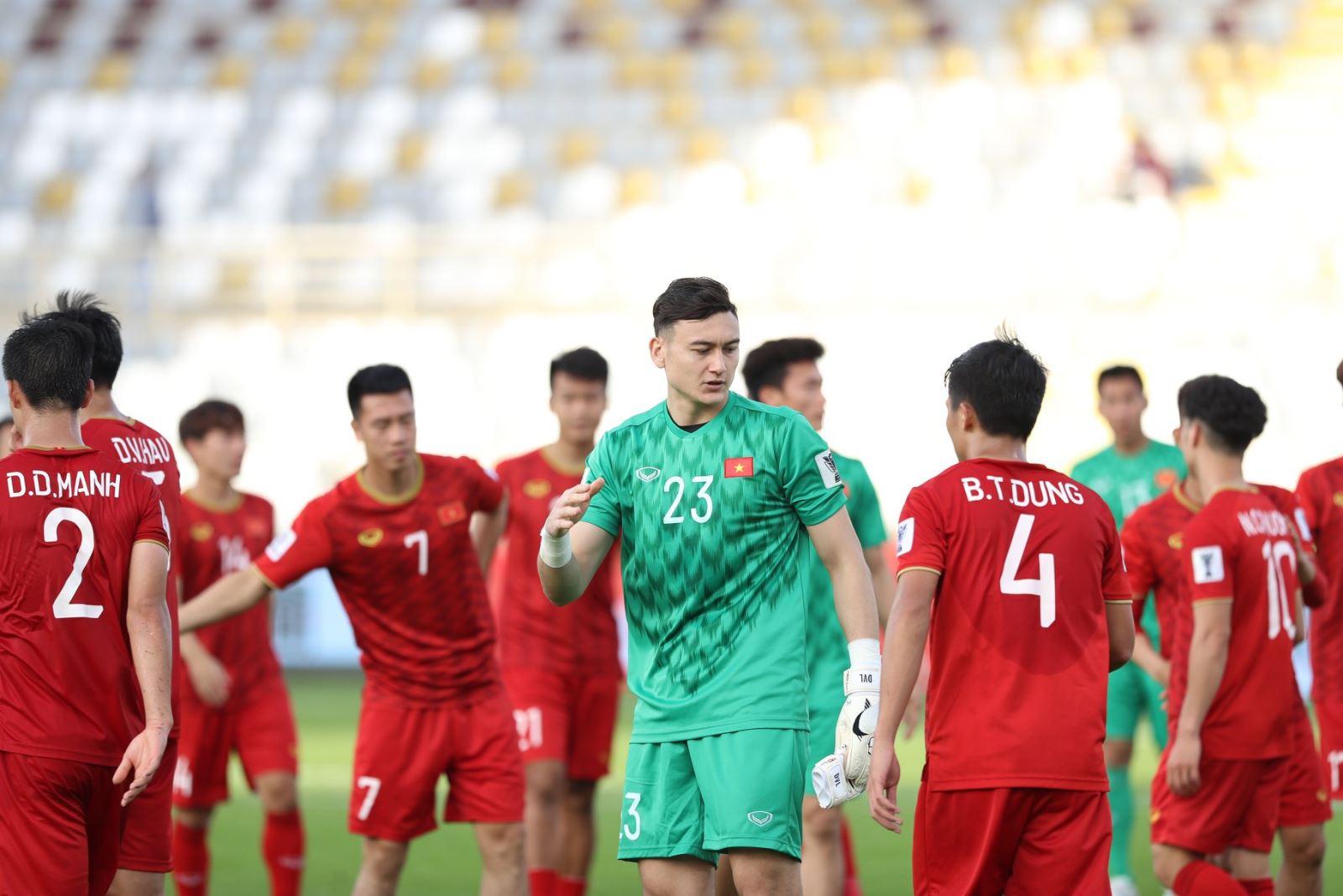 Việt Nam: 0 điểm, nhưng cửa đi tiếp vẫn rộng mở
