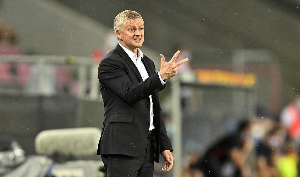 Bảng xếp hạng Ngoại hạng Anh: Thắng lớn Southampton, MU gây áp lực lên Man City
