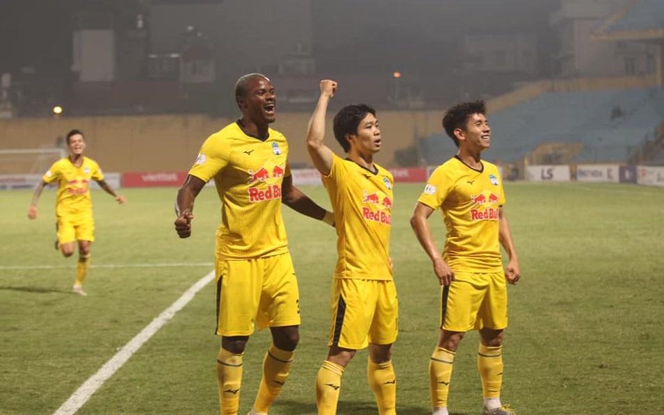Bảng xếp hạng V-League vòng 8: HAGL lấy lại ngôi đầu từ Quảng Ninh