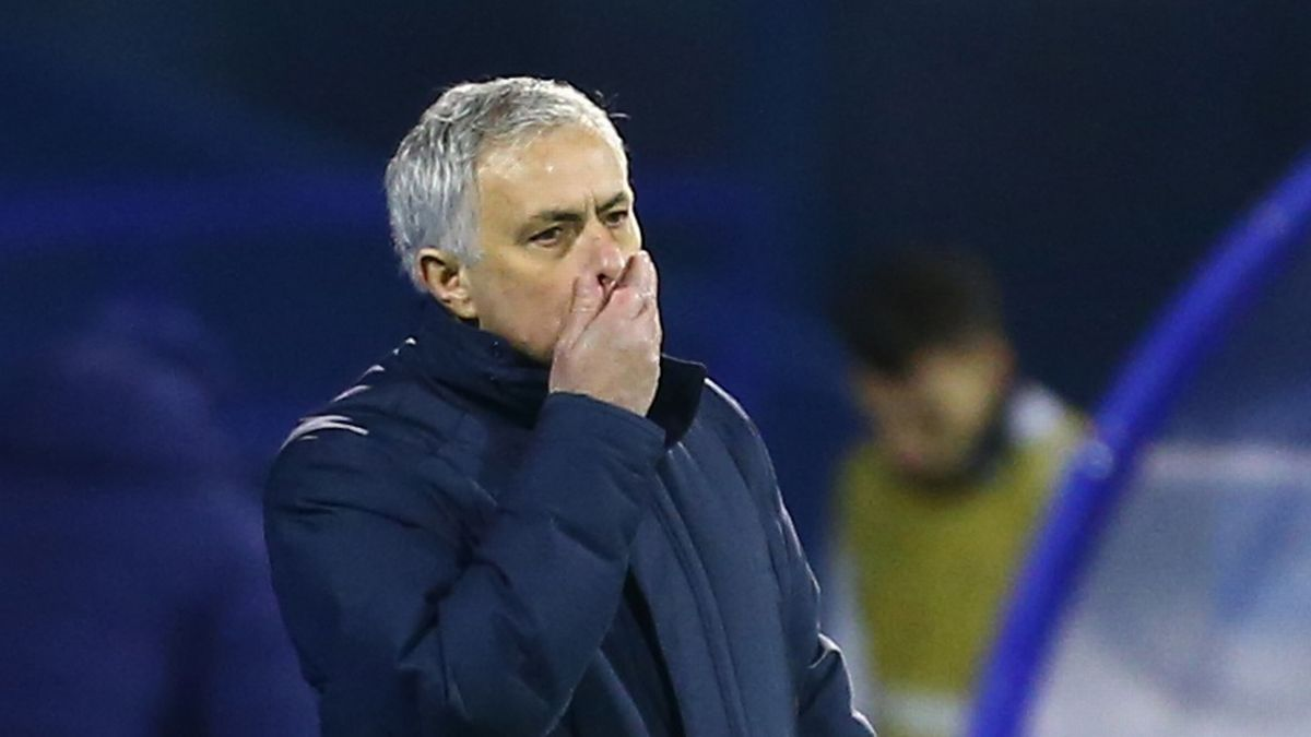 Video clip bàn thắng trận Dinamo Zagreb 3-0 Tottenham: Thày trò Mourinho bị loại cay đắng