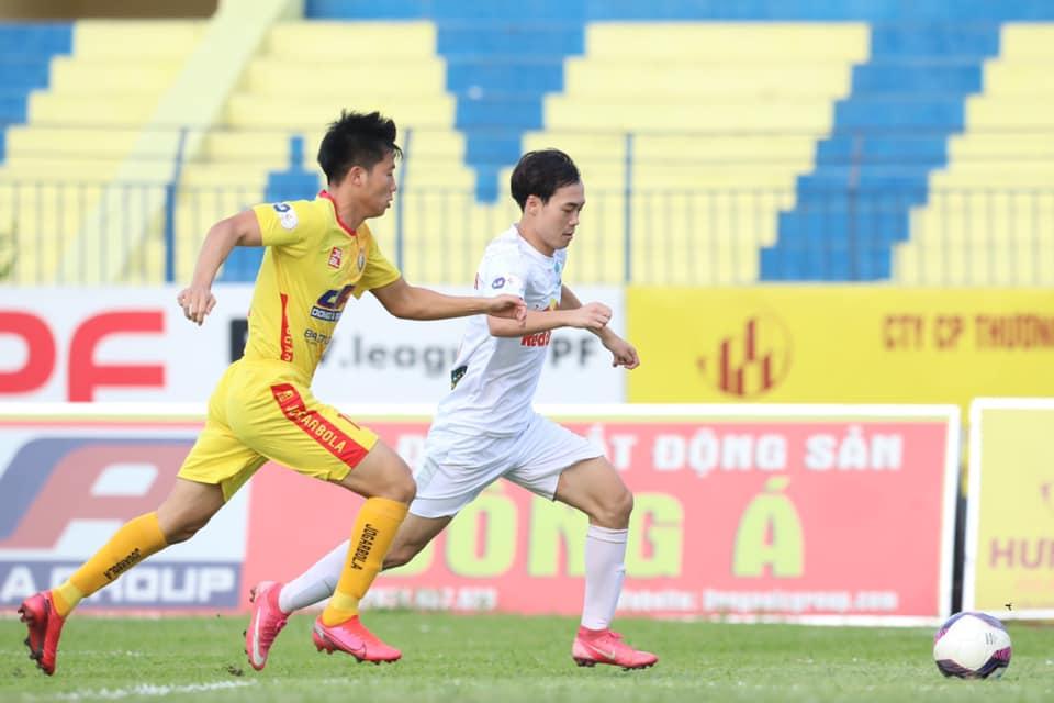 Bảng xếp hạng V-League 2021 vòng 11: HAGL tiến gần tới chức vô địch giai đoạn 1
