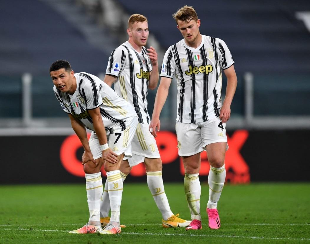 Bảng xếp hạng bóng đá Italia vòng 35: Milan khiến Juventus sắp mất vé dự C1