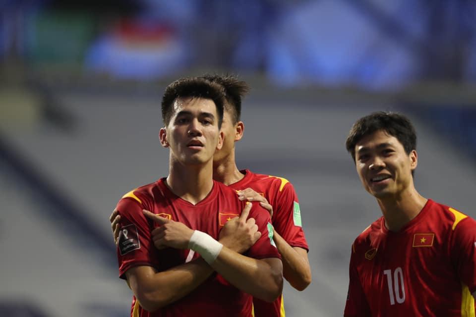 Kết quả bóng đá Việt Nam vs Malaysia. Kết quả Indonesia vs UAE