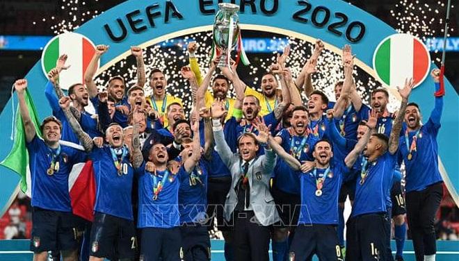 Ý vô địch EURO 2021: Một tình yêu lớn