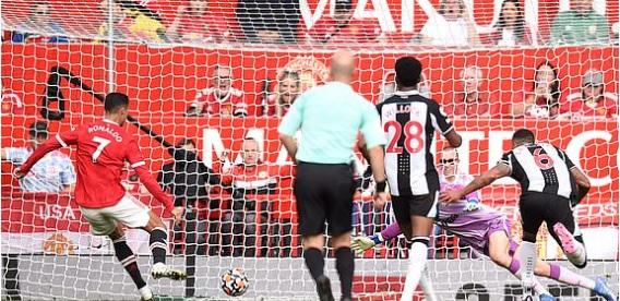 MU vs Newcastle, Ronaldo, Ronaldo ghi bàn cho MU, bàn thắng đầu tiên của Ronaldo, MU, kết quả bóng đá Anh, ket qua MU đấu với Newcastle, ket qua bong da hom nay