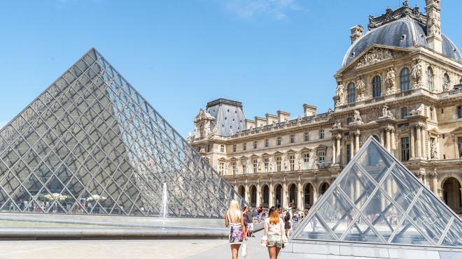 Bảo tàng Louvre lập kỷ lục một phần nhờ... ca sỹ Beyonce