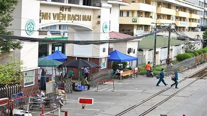 Dịch COVID-19: Thực hiện trên 7.000 mẫu xét nghiệm liên quan đến Bệnh viện Bạch Mai
