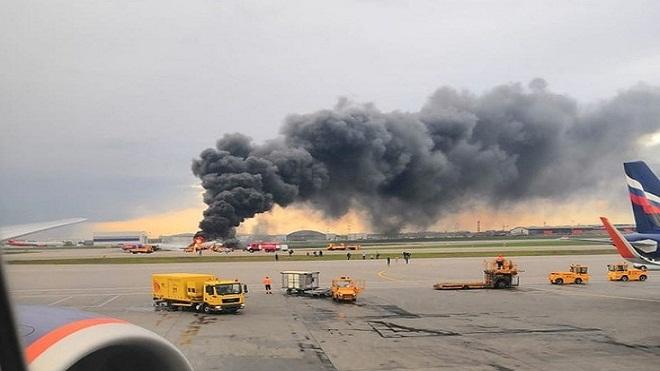 Các nhà điều tra Nga tiết lộ nguyên nhân vụ cháy máy bay khiến hơn 40 người thiệt mạng