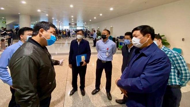 Dịch COVID-19: Kiểm tra công tác phòng, chống dịch COVID-19 tại Cảng hàng không quốc tế Nội Bài