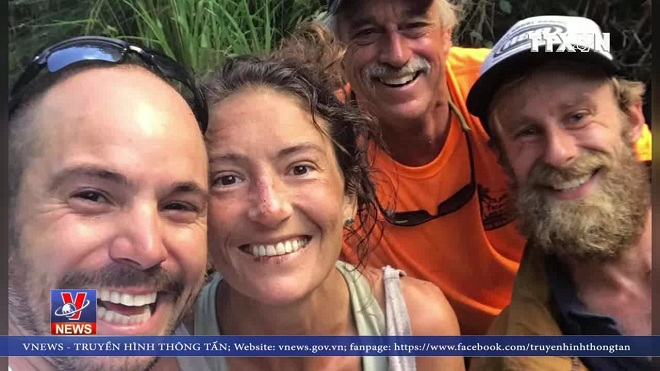 VIDEO: Giáo viên Yoga sống sót sau 17 ngày mất tích trong rừng sâu