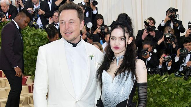Vừa rời bỏ mỹ nhân Amber Heard, tỷ phú Elon Musk ra mắt bạn gái kém 16 tuổi tại Met Gala