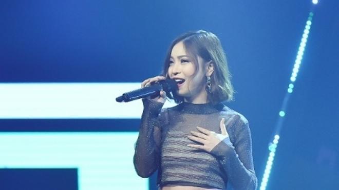 Bạn gái Quang Hải khoe giọng, nhá hàng MV đầu tay