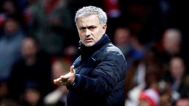 Man United đặt 100 triệu bảng hỏi mua Kane, Tottenham không 'thèm' nhấc điện thoại