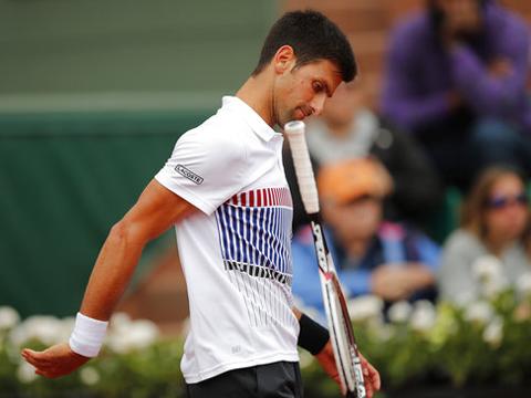 Novak Djokovic bị cáo buộc 'buông' trong trận thua Dominic Thiem