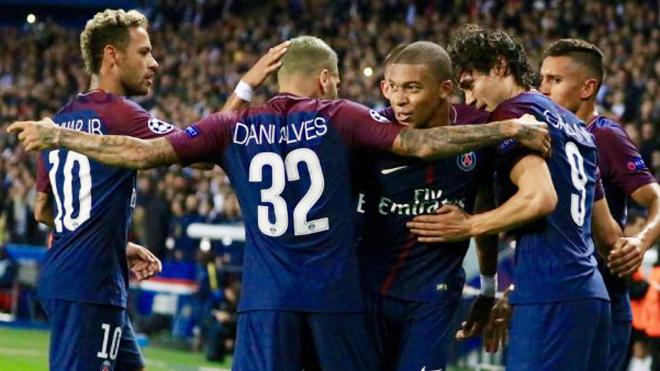 Nhìn Neymar và Mbappe thi đấu, Bayern hiểu sẽ phải chi tiền