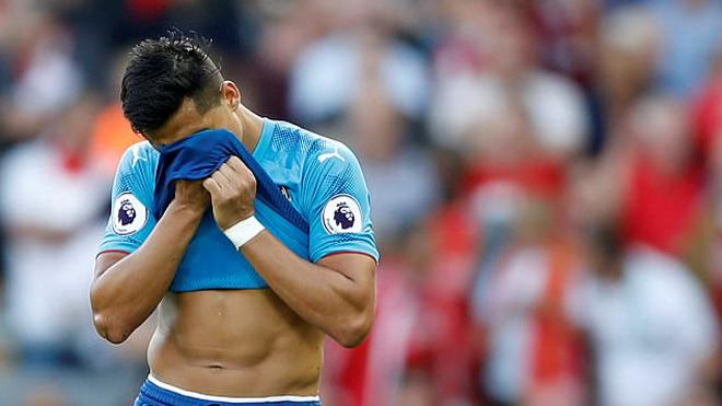 Alexis Sanchez: 'Tôi đã khóc. Tôi mệt mỏi lắm rồi'