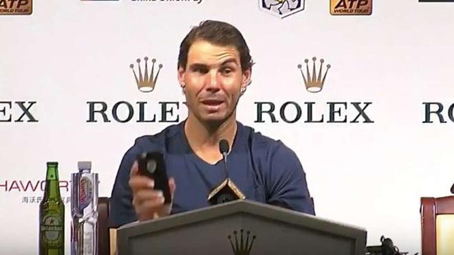 TENNIS 18/10: Nadal nhận cuộc gọi bất ngờ ở phòng họp báo. Sharapova vừa vô địch đã thua sốc