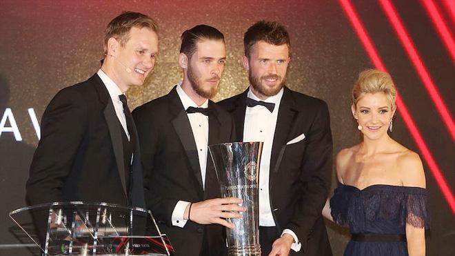 De Gea giành cú đúp giải thưởng, vượt qua Ronaldo, thiết lập kỷ lục mới ở M.U