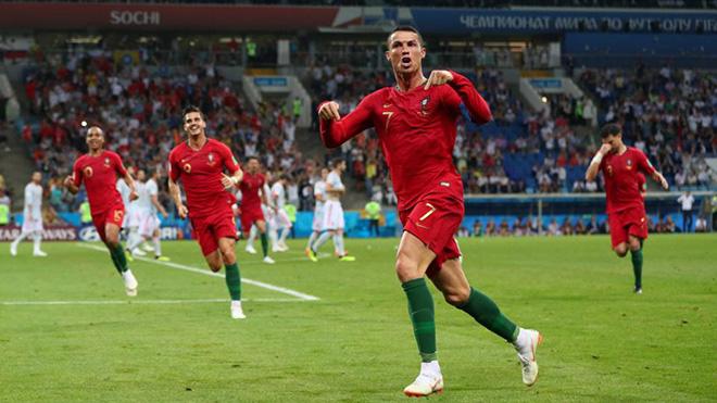 CẬP NHẬT sáng 16/6: Ronaldo che mờ tất cả. Chelsea bổ nhiệm Sarri. FIFA điều tra trận Uruguay-Ai Cập