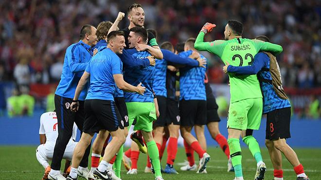 CẬP NHẬT sáng 12/7: Croatia làm nên lịch sử. Juve là bến đỗ cuối cùng của Ronaldo. Federer thua sốc ở Wimbledon