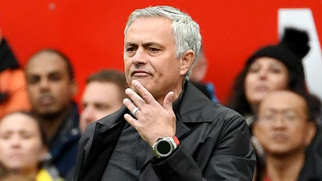 Sa thải Mourinho ngay lúc này, M.U sẽ phải bồi thường bao nhiêu?