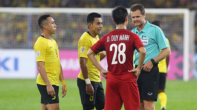 CẬP NHẬT sáng 12/12: Duy Mạnh may mắn thoát thẻ đỏ. Liverpool, Tottenham ngoạn mục giành vé C1